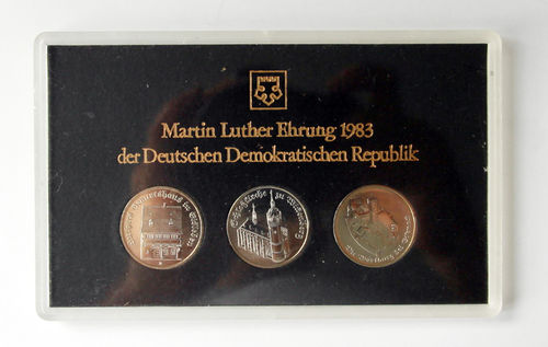 DDR Themensatz Martin Luther Ehrung 1983 3 x 5 Mark in Hartplastik